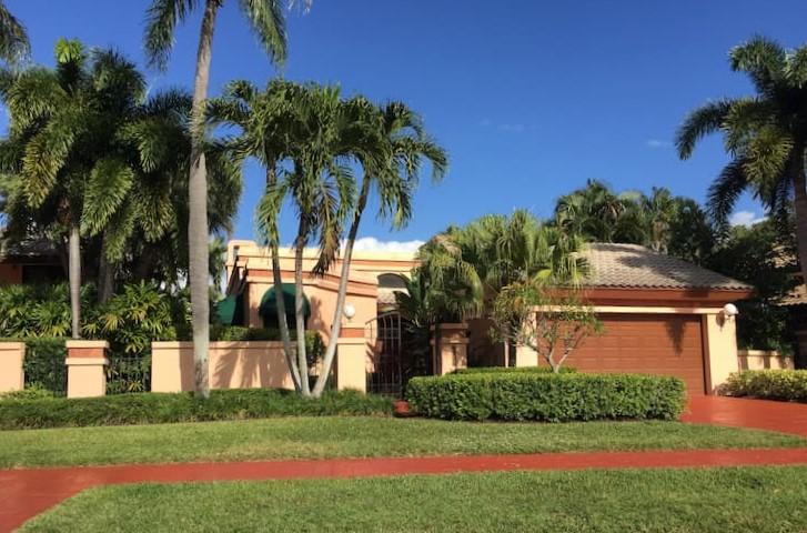 Villa Flora Boca Pointe One Story Home
