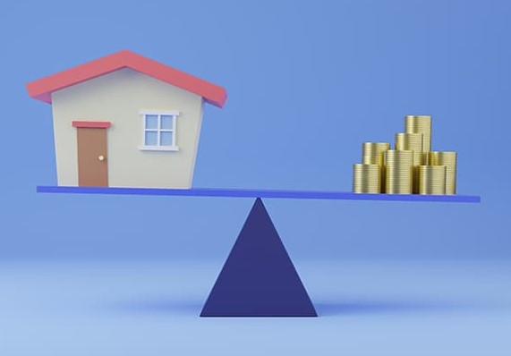 How Much will Home Prices Increase i 2021 - Balance scale