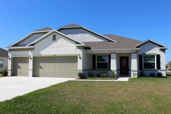 4 Bedroom Homes In Port St Lucie Need An Extra Room For Office Or Den South Florida Waterfront Homes And Condos